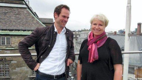 PARTYFIKSER: Prosjektleder Liv Heidi Brattås Remo har fått hjelp av nordodølingen Halvor Haukerud til storstilt markering av Norsk Sykepleierforbunds 100 års jubileum.