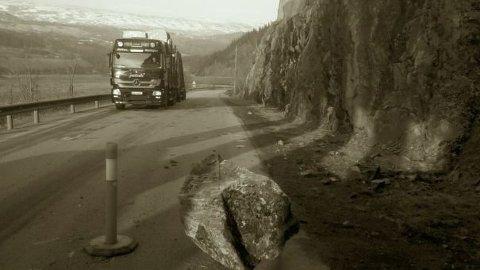 farlig: Kvamskleiva på E16 i Vang er definert som den mest rasfarlige strekningen på vegnettet i Oppland. Nå håper ordfører Vidar Eltun at en nasjonal rassikringsgruppe kan bidra til at prosjektet blir forsert. Foto: Arkivbilde