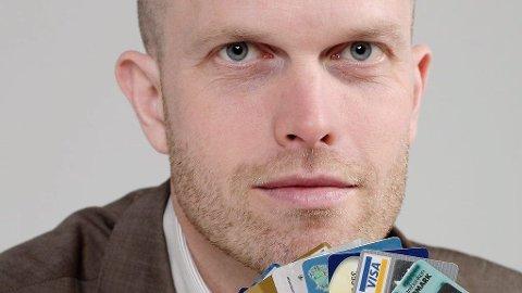 LØSER GJELDSMARERITT: Hallgeir Kvadsheim får flest søknader fra Østfold til «Luksusfellen». Foto: Tv3 (TV3)