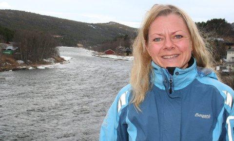 KREVER UTREDNING: Ingrid Haug i NVE, krever at Opplandskraft må utrede tiltak for å sikre fiskevandringen i Glomma.