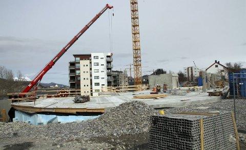 Coop Prix. Bygging av Coop Prix i Prinsens gate. Tøffelbutikken til Coop Nordland, der det bokstavelig talt blir tøffelavstand for mange som bor sentralt i byen.