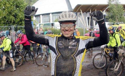 """JOURNALISTEN: HA-journalist Per Vikan er godt fornøyd med å ha fullført sin første """"sykkelbirk"""" på drøyt fire og en halv time."""