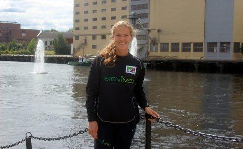 Frida Thorsås fortsetter å imponere for Urædd. Stortalentet sikret to nye førsteplasser i Veidekkelekene, og satt ny personlig utendørsrekord i kule. Nå skal hun bruke sommeren til å komme i toppform.