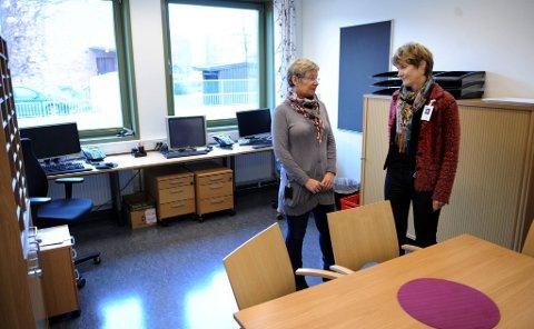 stille vaktrom: Unni Gjønnes og Ingrid Pignon er svært skuffet over at de ikke får ta i bruk den nye flotte døgnenheten ved DPS Gjøvik.