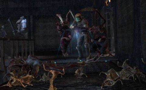 RØFT MILJØ: Det er mange fiendar i Dead Space, og dei fleste krev partering for å få slutt på galskapen.