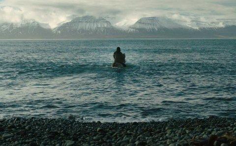 Islandsk humor: Filmen «Om hester og menn» omtales som den morsomste komedien fra Island siden «101 Reykjavik». Nettopp denne filmen vil Sør?Varanger filmklubb starte høstsesongen med mandag den 29. september.