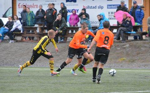 Bjørn Olufsen og Ballstad vant fortjent i årets siste hjemmekamp mot Harstad B.