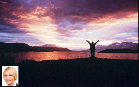 NATUROPPLEVELSER: Friluftsloven vid adgang for allmennheten til i benytte seg av den flotte naturen i utmarksområder i Nord-Norge. Samtidig har man et klart krav om å opptre hensynsfullt. Innfelt kronikkforfatter Agnetha Johansen Åsheim. Illustrasjonsfoto