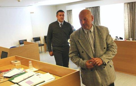 Dainius Sileika (til høyre) bedyret for lagmannsretten at han fortsatt er fornærmet på bilberger Brattbakk.