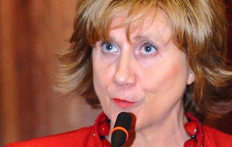LO-leder Gerd-Liv Valla trekker seg fra vervet.