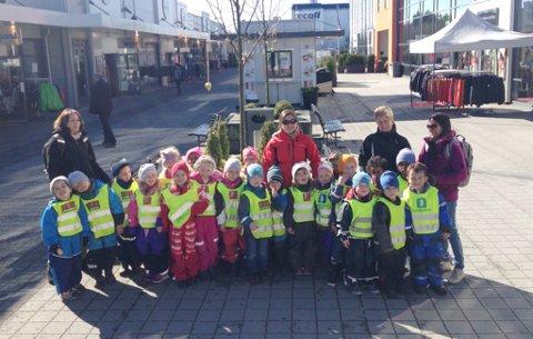 Hele barnehagen samlet.