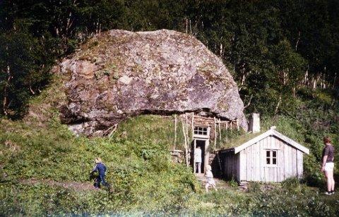 Før ødeleggelsen: Slik så Klemethelleren ut før ødeleggelsen.
