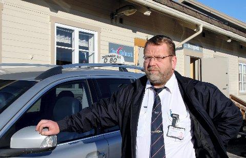 FLAT: Leder ved Kongsvinger Taxi, Frode Flosand, sier han legger seg flat, og lover å rydde opp i egne rekker.