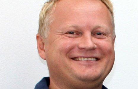 Carsten Engh er rørleggermester og varmepumpeekspert fra Porsgrunn Rørleggerforretning.