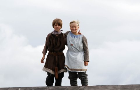 Erlend Lura og Elias Skjølberg Hunnes gjorde en fabelaktig innsats i rollene som Sigvart og Halvard i årets Gurispel.