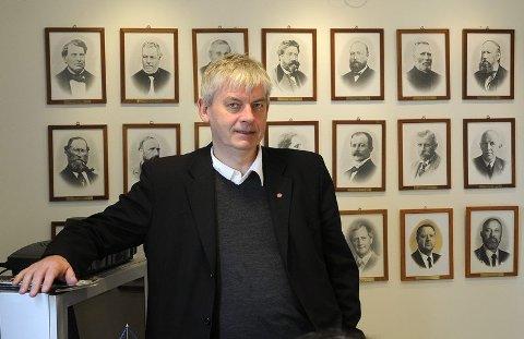 Positiv tilflytting. Ordfører Rolf Steffensen er opptatt av å se enslige mindreårige flyktninger som ressurspersoner som kan berike lokalsamfunnet, bare de blir tatt godt vare på. ? Og på grunn av statens tilrettelegging er ikke dette arbeidet en belastning for kommuneøkonomien, snarere tvert om, sier han. Foto: Øyvind A. Olsen