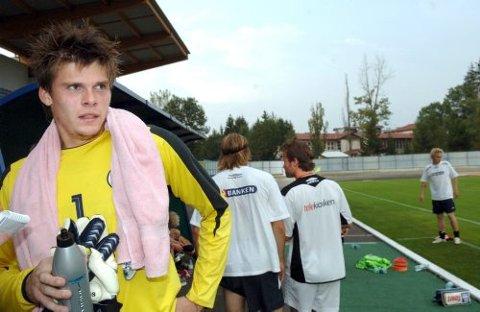 Rune Almenning Jarstein fikk kapteinsdebuten for U21-landslaget i går.