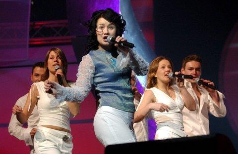 Med igjen?: Birgitte Einarsen har vært deltaker i Melodi Grand Prix-finalen flere ganger. Her fra finalen i 2003. .
