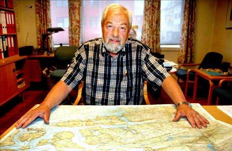 Eirik Gudmundsen mener nordmørskysten vil se ut som et pinnsvin med alle vindmølleparkene som planlegges.