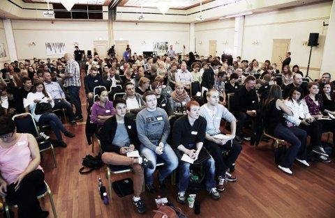SKOLEBENK: I går var 280 Rema-ansatte på Rema-skolen på Scandic hotell i Tromsø.