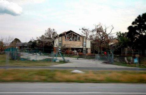 Fattige boligområder i New Orleans ser fortsatt ut som en krigssone.