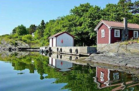 Fritidseiendommen Såstein utenfor Langesund er til salgs for 25 millioner kroner.