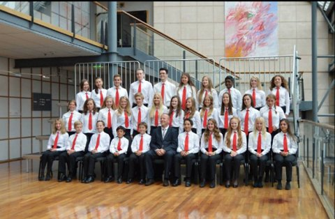 Siden slutten av mars har Søreide og Sandsli Skolekorps jobbet mot konkurransen. Det ga resultat, og i kveld vant de førstedivisjon i NM for skolekorps i brass.