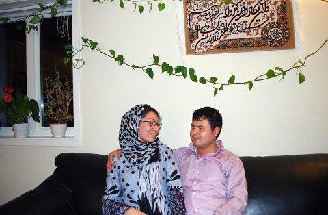 Fritt liv. Amir Rajabi og kona Zeynab Alemi er fornøyde med den norske tilværelsen, men skulle gjerne kjent flere nordmenn godt. ? Det vi setter mest pris på er friheten, tryggheten og demokratiet, sier ekteparet.