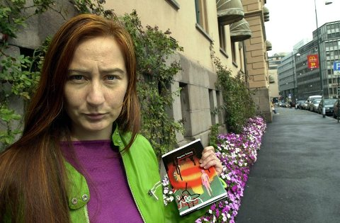 """FANTASY Med fantasyromanen """"Landet Alltid Raudt"""" gir Ragnfrid Trohaug ut sin fjerde bok for barn og ungdom."""