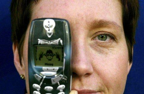 PASS PÅ: Det er enkelt å gardere seg mot trusselen fra den sjeldne, men knusende Nokia-gambiten. Skru av telefonen! Foto: MIMSY MØLLER