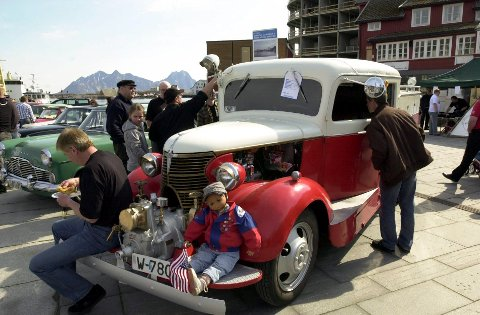 Veteranbil: Den første brannbilen i Vågan kommune anno 1936 er et klenodium som nå er berget for etterslekten.foto: knut johansen