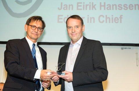 Sjefredaktør i Avisa Nordland, Jan-Eirik Hanssen, mottok «World young reader prize 2013» på vegne av Avisa Nordland i Berlin. Her sammen med president i World Editors Forum, Erik Bjerager.
