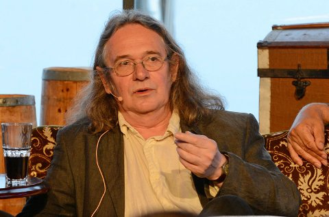 Ingvar Ambjørnsen på Pakkhuset i Larvik onsdag kveld