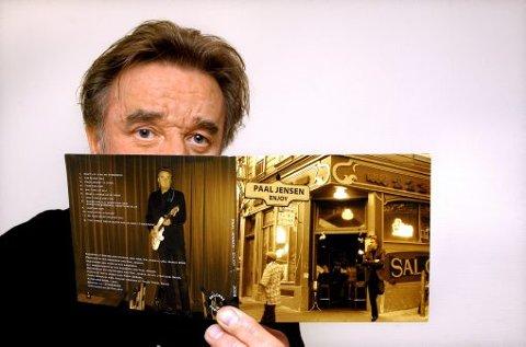 PLATEKLAR: Paal Jensen er ute med cd-en «Enjoy». 18. desember er det slippefest på Katakombene i Skien, dagen etterpå spiller han i Skien fengsel og Langesund, og turen går videre til Arno musikkbar på Notodden 20. desember.