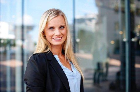 Forbrukerøkonom i DNB, Silje Sandmæl, mener at handelsstanden har et ansvar, men når alt kommer til stykke er det foreldre som må sette ned foten.