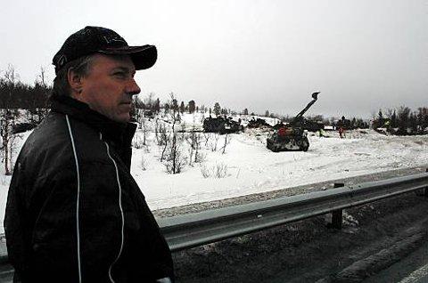 erje Stensland sier han fikk sjokk da han hørte om dødsulykken i området der han selv hadde advart Forsvaret mot farlig is.