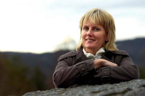 REAGERER: Fylkesleder Tonje Løver Gurholt reagerer på legaliseringsforslagene fra ungdommene i egne rekker.