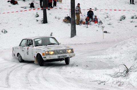 finnskogen: Over 100 bilder står klare på startstreken, deriblant Kim André Hjalmarsen fra KNA Kongsvinger. Dette bildet er fra Rally Finnskog i 2008.foto: Petter Geisner