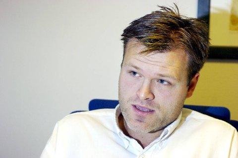 Den avskiltede advokaten Marius Reikerås har også brukt sosiale medier i sin kamp. På Facebook har han en støttegruppe med over 1500 medlemmer.