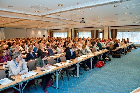 Pernille beveget en hel forsamling på 300 mennesker på konferansen «Aspergers forunderlige verden», i Bodø denne uken, da hun leste sitt eget dikt «Asperger meg».