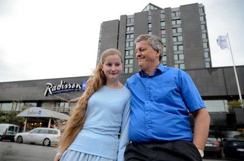 Trond Danielsen er stolt av datteren sin, Pernille. I brevet til prinsesse Märtha Louise forteller han om hvordan det er å ha barn med asperger og autisme.
