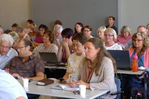 Uvanlig mange tilhørere fulgte styremøtet i Sykehuset Innlandet torsdag.