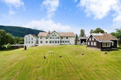 BILLIGSALG: Dale-Gudbrands gård kan bli din for tre millioner kroner. Bilde fra annonsen