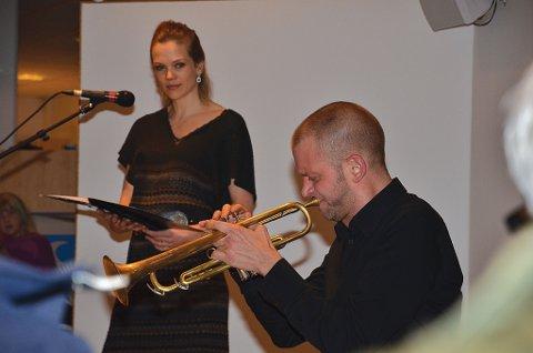 Ane Dahl Torp og Sjur Miljeteig  urfremførte deres Haugtussa-oppsetning. (Foto: Olav Loftesnes)