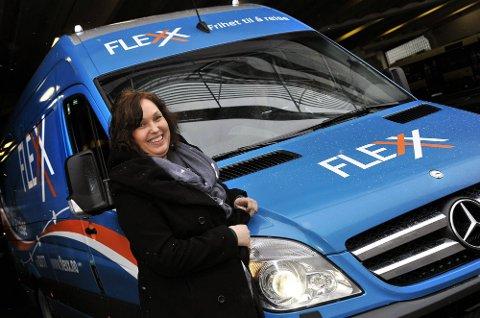 FLERE RUTER: Rådgiver Solfrid Rød Olsen har konkrete planer for to nye Flexx-ruter i Sarpsborg sentrum. Disse skal erstatte dagens Grevlingruter.