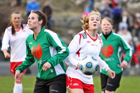 I STØTET:?Helene Marøy og Hordabø har fått ein god start på sesongen. Søndag ventar serieleiar Stord, som ligg framfor Hordabø på tabellen på betre målforskjell. (Foto:?Endre Hopland)