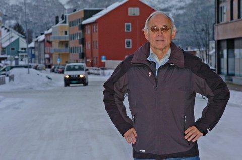 NARVIK-GUTEN: ? Den ekte og autentiske Narvik-guten finnes ikke. Fra utgangspunktet er de aller fleste av oss etterkommere av kvener som innvandret fra svensk/finske Tornedalen, forteller amatørslektsforsker Geir Horrigmoe. Den kvenske innvandringen til Ofoten er hovedtema når Slektsforskerdagen arrangeres på biblioteket lørdag.   (Foto: Jan Erik Teigen)
