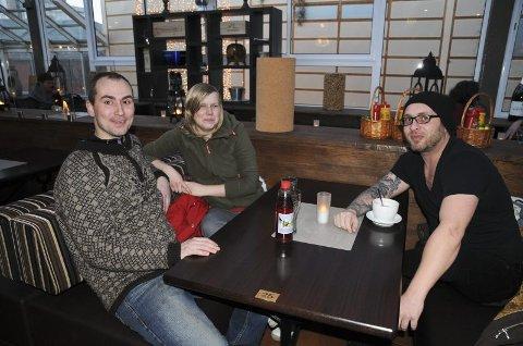 @BY Bildetekst:Fornøyd. F.v. Jøran Hansen, Elisabeth Rånes og Sigurd Andersen er fornøyd med Mon Ami, men sverger helst til City Nord.