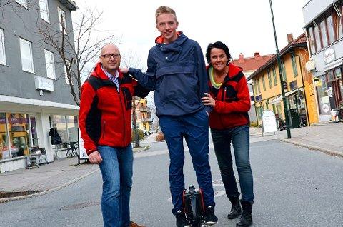Jørn Kristian Braathen (f.v) Daniel Schou og Merete Risan .