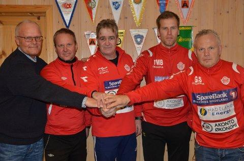 OPTIMISTER: Rolf Kjeilen (til venstre), Kjetil Paulsen, Odd Arne Andersen, Thorkell Mani Birgisson og Geir Ivar Sæthren gleder seg til sesongstart for samarbeidslaget i juniorklassen.
